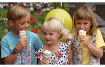Kids-Eating-Ice-Cream-500×500